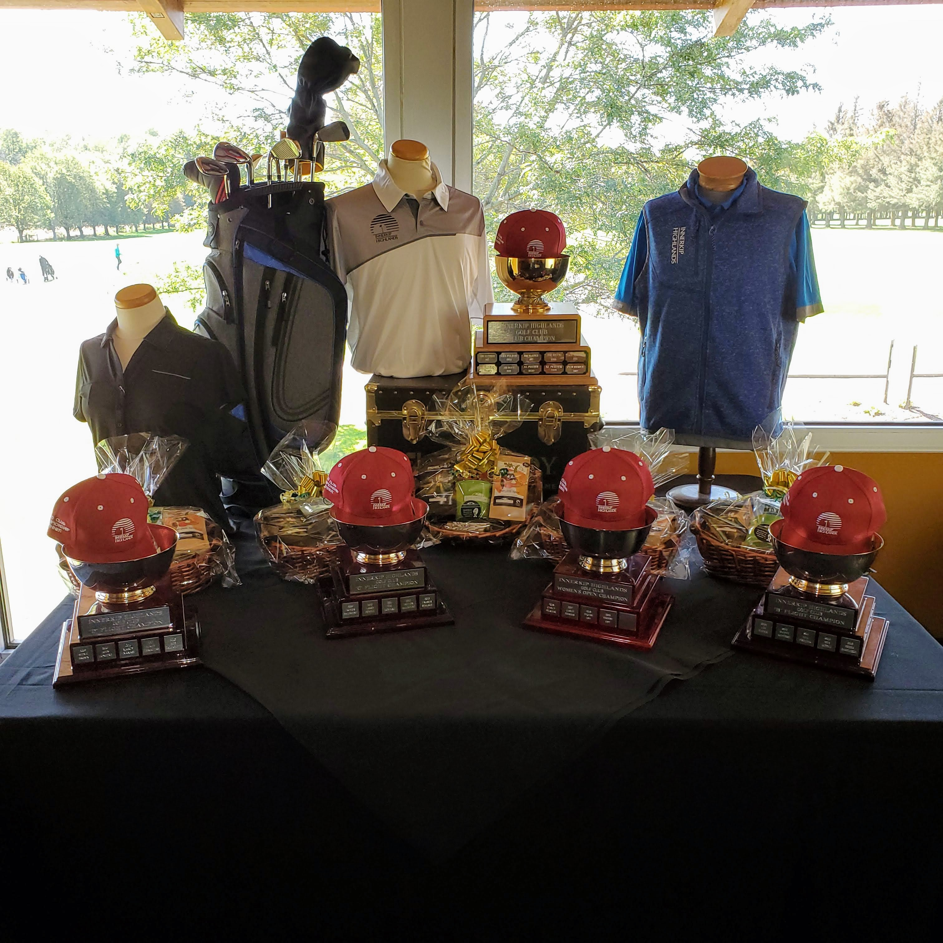 Trophies & Gift Baskets